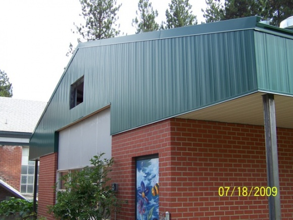 Roofing metal on gable ends-102_0790.jpg