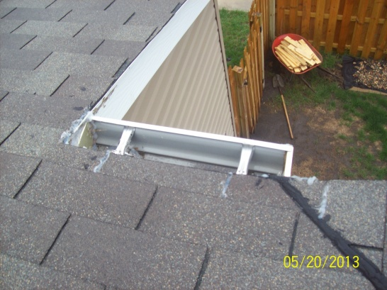 Need opinion on roof leak (new garage addition)-103_0111.jpg