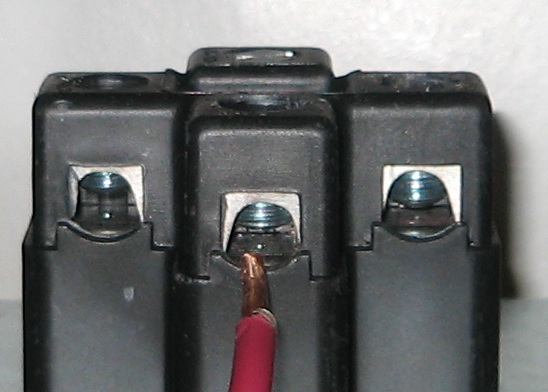 OK to fold wire ends to get more grip in receptacle connection?-10g.jpg