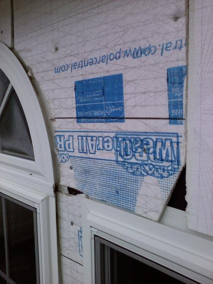 Foam board vs Styrofoam-backed siding-1108100919a.jpg