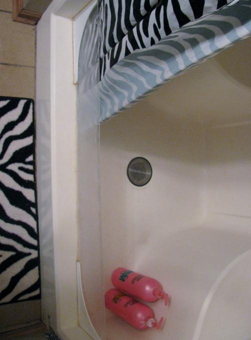 Bathtub Splash Guard Diy Ideas