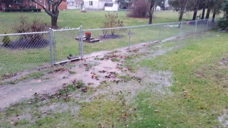 Back Filling And Grading Lawn 1459613389373 ...