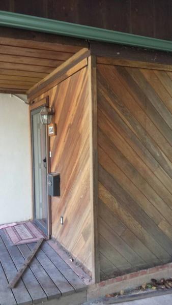 Enclosed entryway is leaking how to seal?-1475079211762.jpg