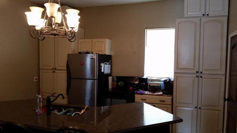 Tight Kitchen cabinet arrangement-1487789698735-384296545_1487789729809.jpg