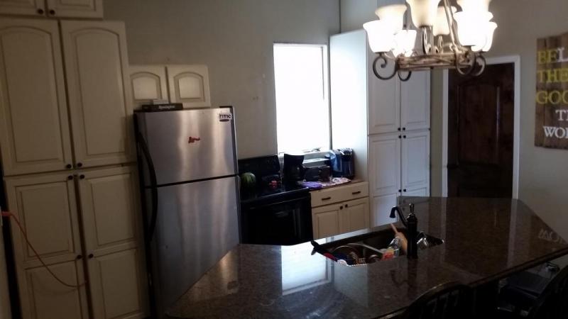 Tight Kitchen cabinet arrangement-1487789745204-457017576_1487789837854.jpg