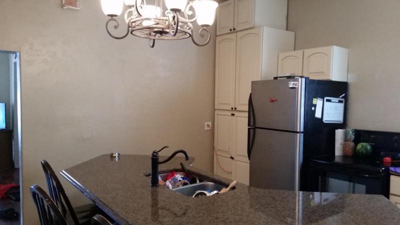 Tight Kitchen cabinet arrangement-1487790100731-414589470_1487790139857.jpg