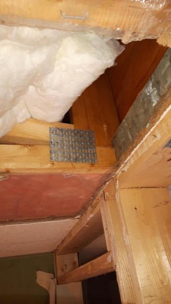 Is this load bearing-1494281563577-1666696269_1494281601228.jpg