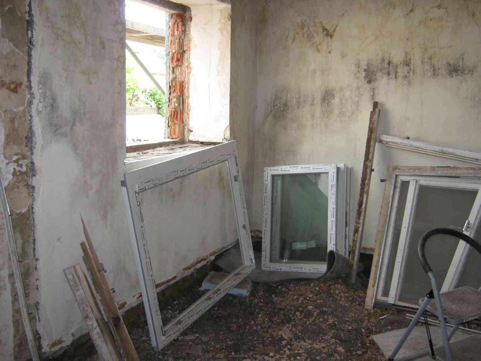 German House Rebuild-154.jpg