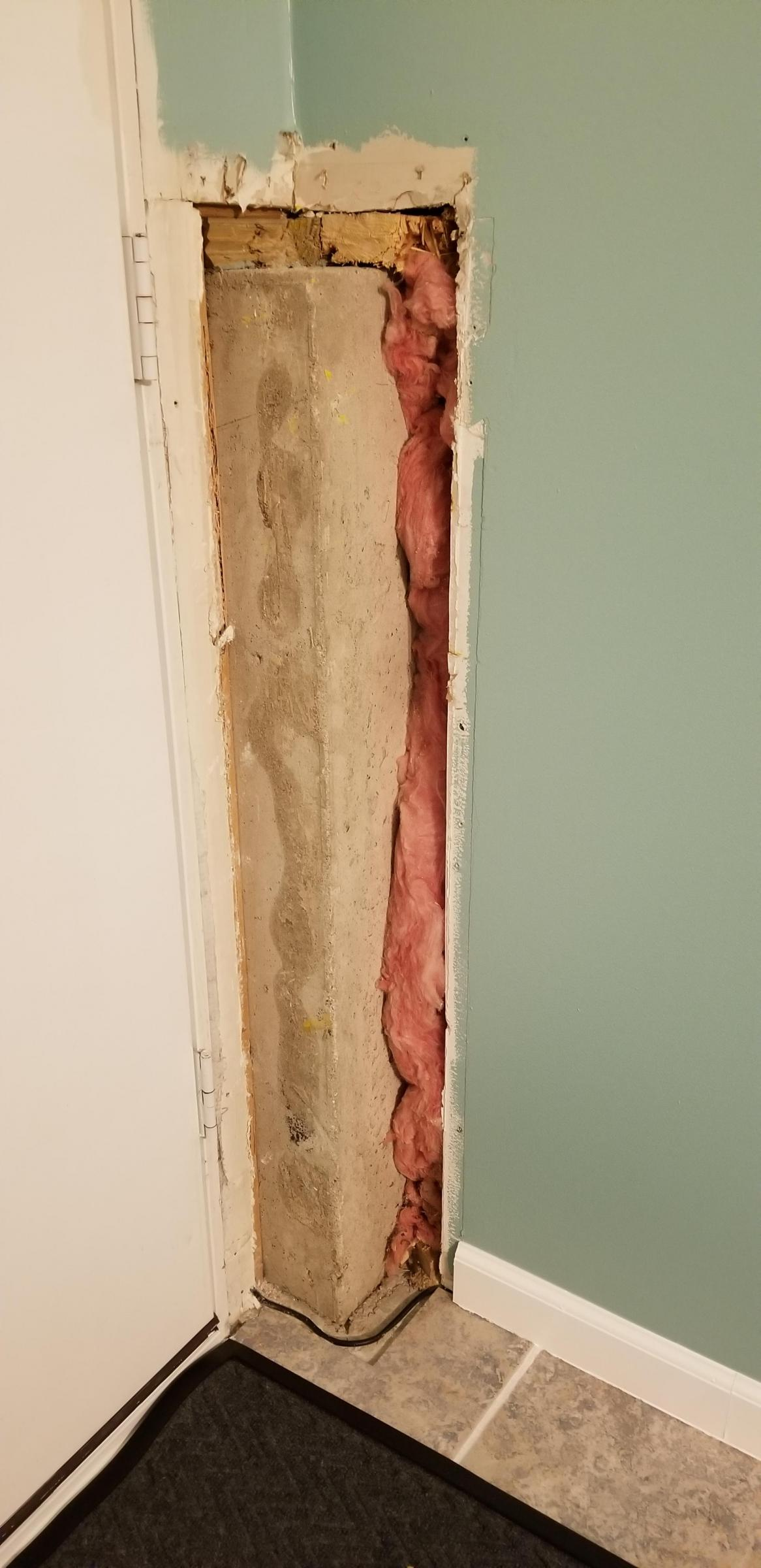 Covering this exposed corner an easy way?-1571309255252474640465913090829_1571309266620.jpg