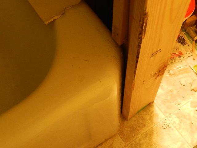 how would I frame this tub corner?-168.jpg