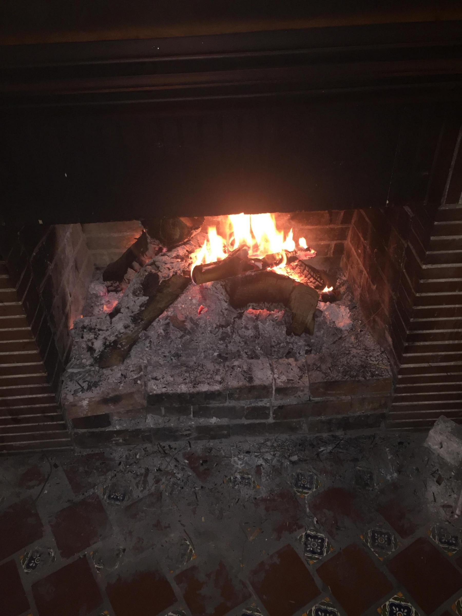 """""""Back Puffing"""" Fireplace-1d624727-4b72-40d1-bcf8-1db78d578a35_1546396613716.jpg"""