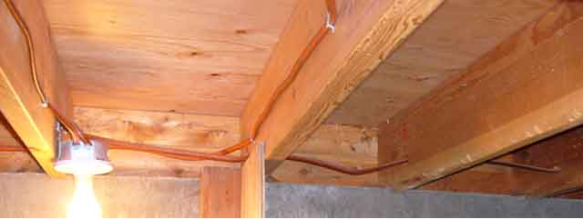 Insulating split level home crawl space.-2.jpg