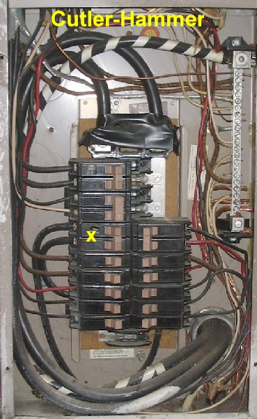 no disconnecting means at the electrical service entrance-200865171151_splitbuscutlerhammer.jpg