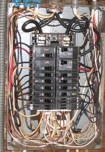 no disconnecting means at the electrical service entrance-200865171850_splitbussqd2.jpg
