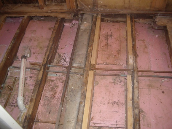 Rotted floor joists and wall edge-2010feb9_3.jpg