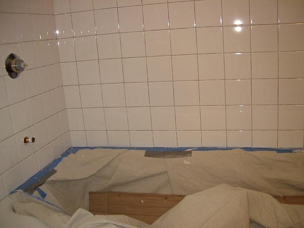 Help Mike, Bud, Jazman: Cracks in grout line in new tile wall.-2010sep30_2.jpg