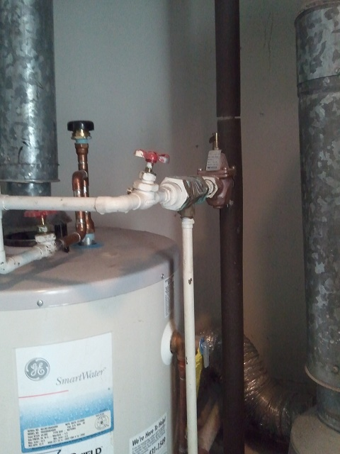Need advice RE: purging air from baseboard hot water heating system-2011-01-14-10.20.59.jpg