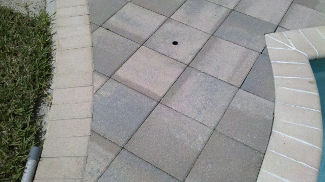 Can Anyone Tell Me What Color These Pavers Are?-2011-09-21_12-35-36_373.jpg