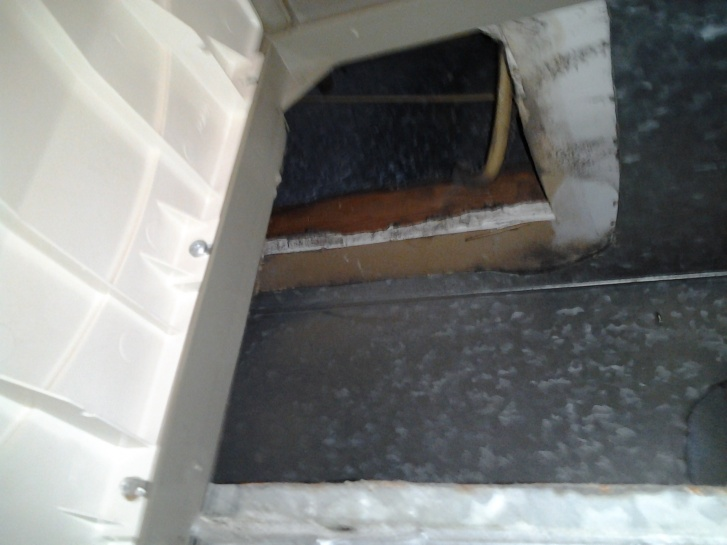 Open studs and insulation in duct behind honeywell humidfier filter-2011-10-04-20.08.19.jpg