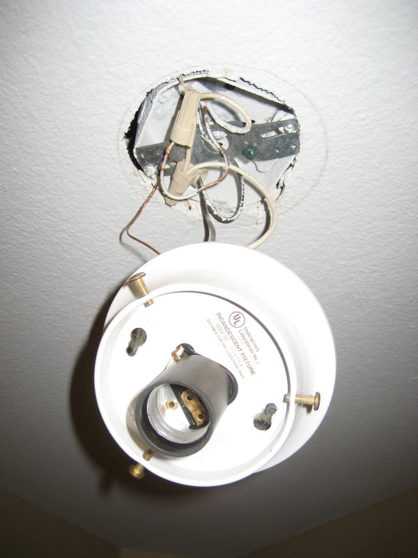 Bulb Lights to Recessed Lights-20110223_0186.jpg