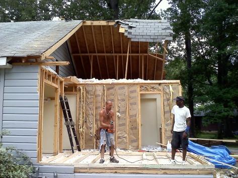 Tornado Damaged House-20110527122533.jpg
