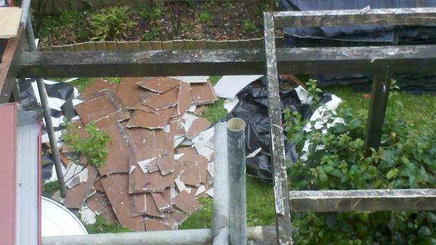 Identifying asbestos products-2012-01-17_09-48-56_931-resized.jpg