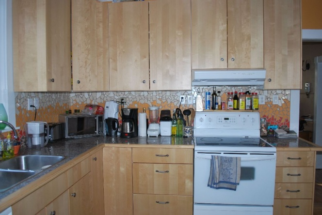 leaning heavily towards tiling couter tops, need advice-2012-03-02-drumheller-074.jpg
