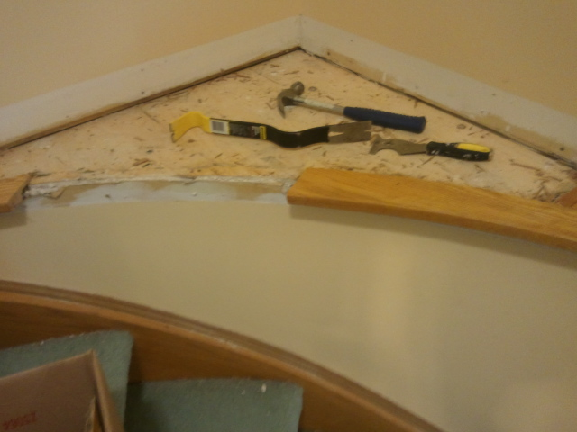 Need help on how to finish curved corner stair island-2012-05-26-11.09.09.jpg