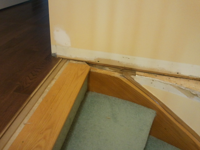 Need help on how to finish curved corner stair island-2012-05-26-11.26.38.jpg