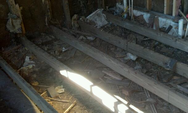 Need a foundation in my laundry room-2012-08-10_16-31-14_881-1.jpg