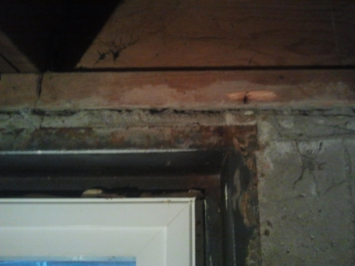 Leaking basement windows-2012-10-16-18.18.29.jpg