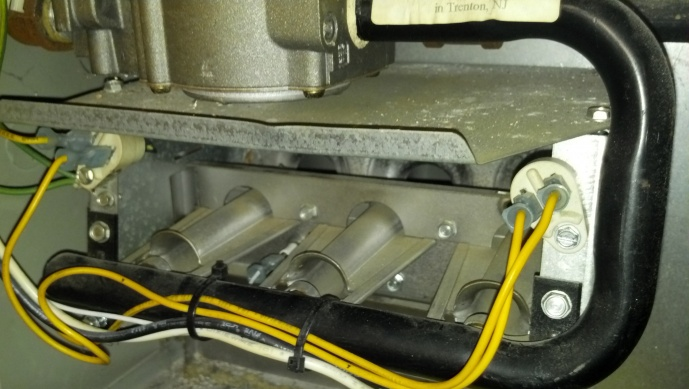 Trane furnace won't ignite-2012-10-24_15-51-14_197.jpg