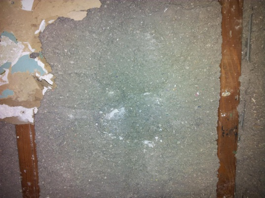 Existing blow in insulation vs new insulation - Keep or redo?-20120216_215514.jpg