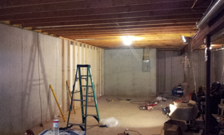 My Basement Project - Framing-20120911_213524.jpg