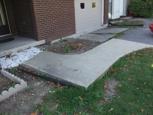 Gravel driveway-20120929_131034.jpg