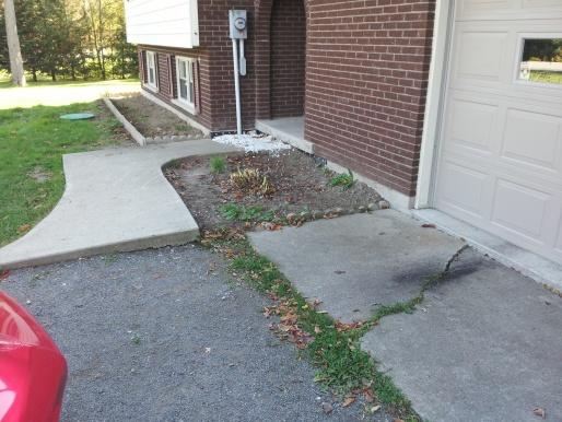 Gravel driveway-20120929_131114.jpg