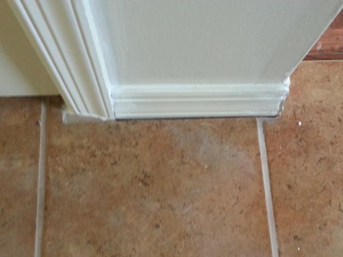 Gab between floor trip and tile-20121015_115333.jpg