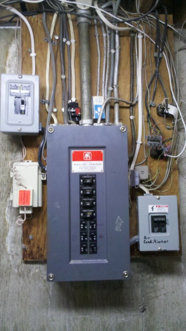 Baseboard heater questions-2013-02-12_16-59-01_967.jpg