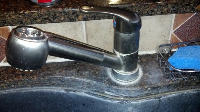 Kitchen Faucet-2013-03-09_09-44-19_937.jpg