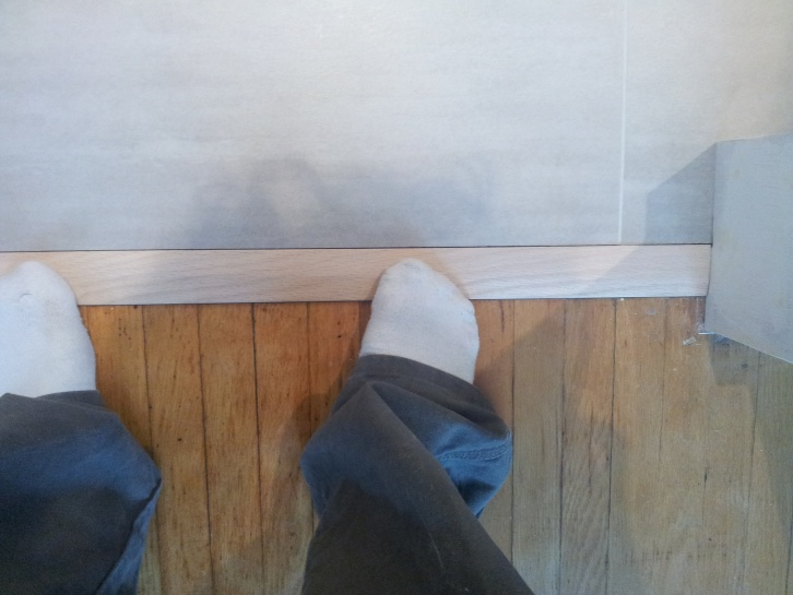 What to put between the wood and tile?-20130128_144523.jpg