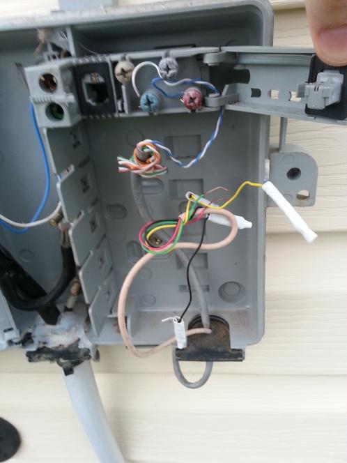 Installing a POT ADSL splitter-20130418_190751.jpg