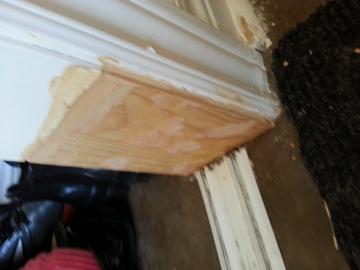 how to fix this sliding door trim without replacing it?-20130525_165511.jpg
