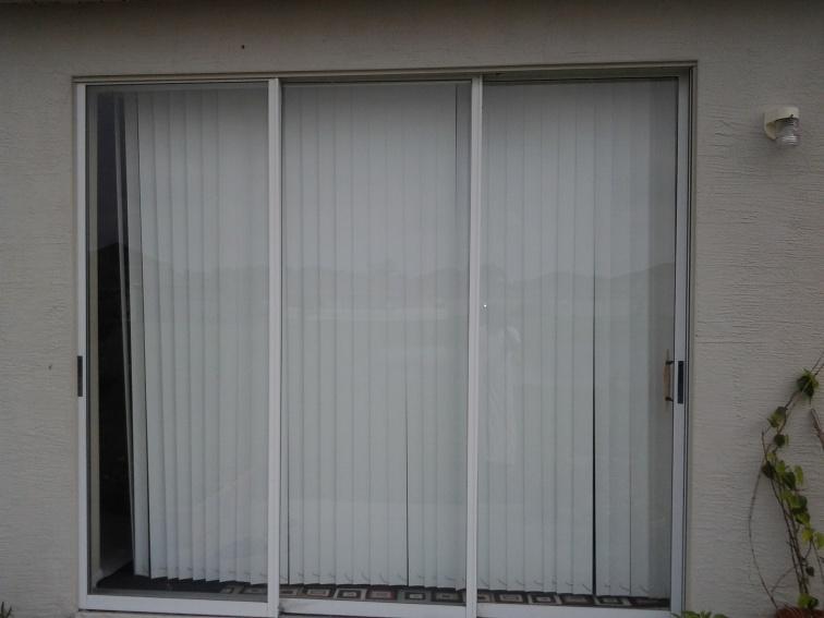Bug mesh for 3 panel patio door-20130615_100748.jpg