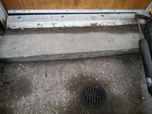 Walk-out basement/water leaking-20130629_194541.jpg