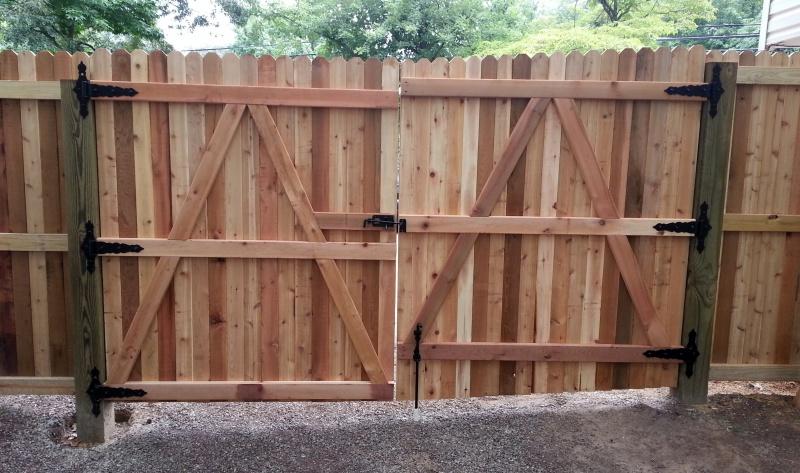 Fence gate-20130803_130149.jpg