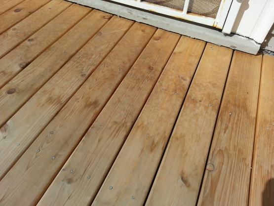 how do I prep deck for painting-20130818_105307.jpg