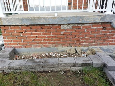Crumbling Brick, Need Advice-20130916_095239.jpg