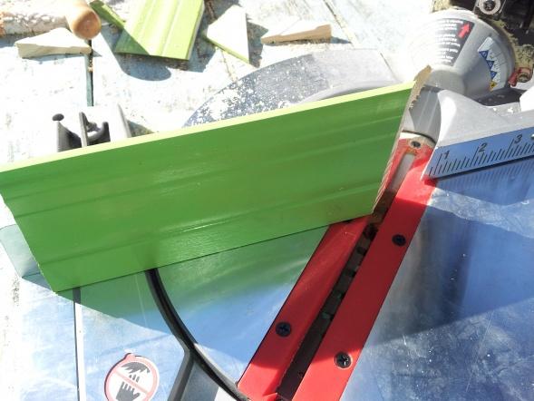 Cutting return on baseboard-20140127_095050.jpg