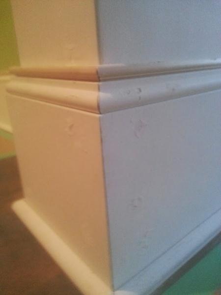 Base molding gap and nail holes-20140214_090822.jpg
