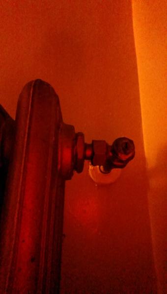 Radiator Won't Turn Off-2015-02-10-20.01.36.jpg